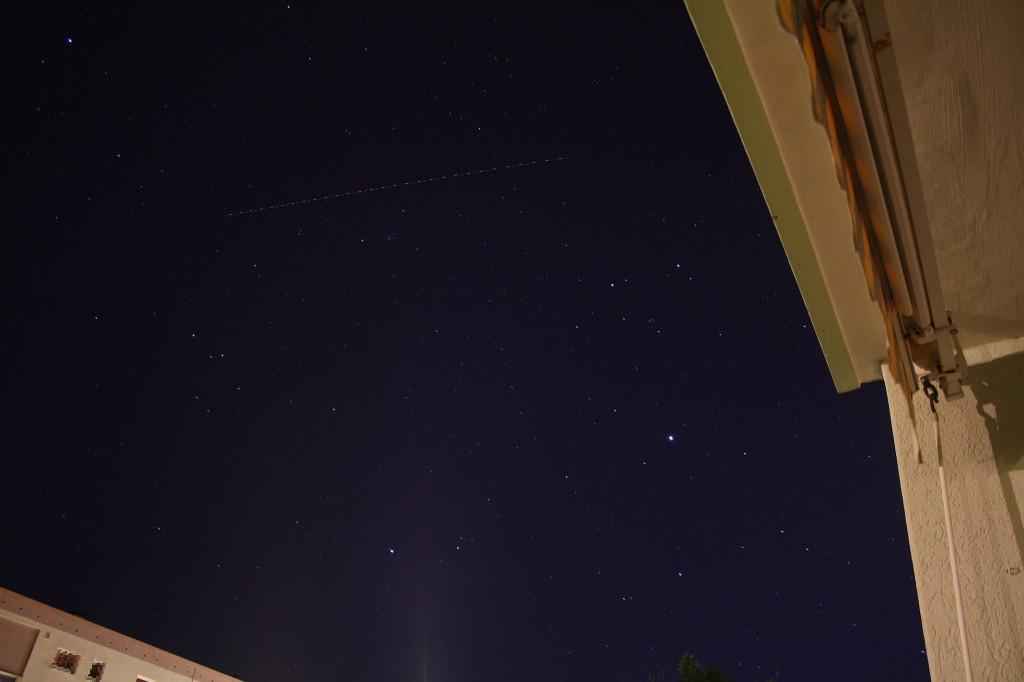 stars-and-plane